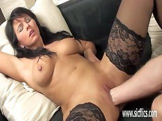 Amateur;Mature;MILF Brutally fisting...