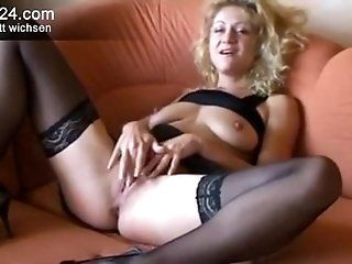 Mature;Masturbation;Blonde Deutsch Dirty...