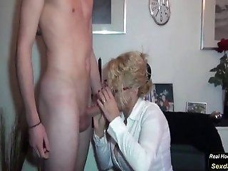 Mature;MILF;HD Mom Fucking with...