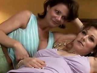 Lesbian,Mature,Cunnilingus,Big Natural Tits,Big Tits