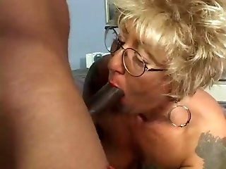 Interracial,Blonde,Blowjob,Mature Mature blonde...