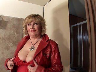 Mature,Blonde,Dildos/Toys,Masturbation Blonde mature slut playing with her...