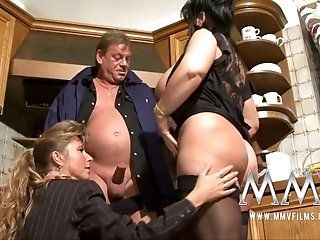 German,Mature,Hardcore,Threesomes,Blowjob Old man gets a...