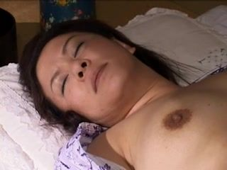 Asian,Japanese,Lesbian,MILFs,Mature 2 matures lady play with young girl