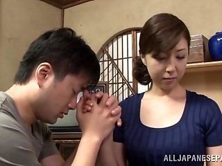 Asian,Japanese,Mature,Blowjob,Facial,Hardcore Sayuri Ikuina is...