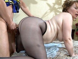 Fetish,Mature,Stockings,Big Tits,Big Butt,BBW,Cunnilingus,Hardcore,Oldie Lusty cougar Flo...
