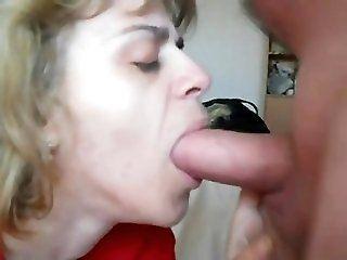 Blowjob;Amateur;Cumshot;Mature;Blonde mom in mouth-fuck...