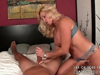 Big Tits;Amateur;Cumshot;Mature;MILF;Blonde;HD Hot Blonde MILF...