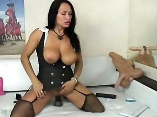 Mature;MILF;Squirting MLF web Cam Show...