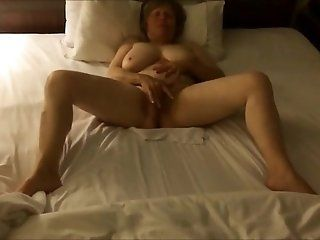 Amateur;Mature;HD Busty mature lady...