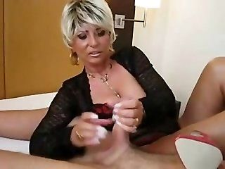 Big Tits;Cumshot;Mature;MILF;Blonde Milf gives...