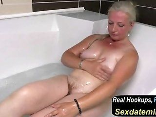 Mature;MILF;HD Old Mom s Dream...