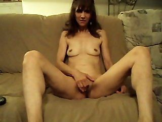 Amateur;Mature Beth Getting Off...