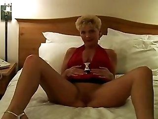 Amateur;Mature;MILF Tapping white mom...