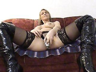 Big Tits;Blowjob;Cumshot;Mature;MILF;POV POV - Nicki