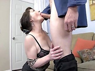 Blowjob;Mature;HD Brunette matur sex