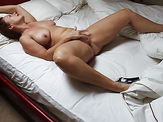 Amateur;Masturbation;Matures;MILFs;Redheads;HD Videos;Wife;Mature Heels;Homemade Wife;Sexy MILF;Female Orgasm;Home Made My wife doing a spot of DIY