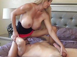 Big Clits;Cougars;Matures;Wife;HD Videos;Husband Husband away,...