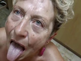 Blowjobs;Cumshots;German;Grannies;Matures Sex im Alter - Omas im Fickrausch
