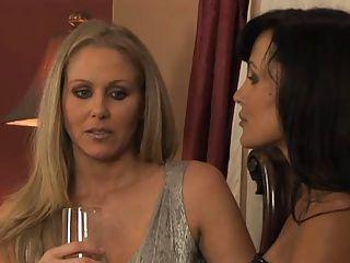 Lesbians;Matures;Pussy;Oral Ann & Ann