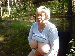 BBW;Masturbation;Matures;Standing;Herself;BBW Granny;Granny Fucks;BBW Fucks;Granny Granny BBW fucks...