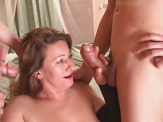 Matures;Pussy;Threesome;Pantyhose;Older;Elderly;Wife;Young;House;Satisfied;Young Guy;Mature Young Italian Mature...