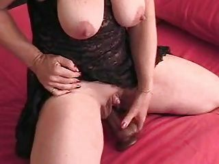 Big clit mature plays alone