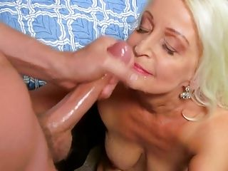 Castings;Cougars;Grannies;Matures;Old+Young;Sexy Granny;Granny;Sexy sexy granny 65y...