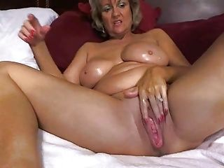 Close-ups;Masturbation;Matures;Mother;Pussy;Sexy;Toying;Home Made;Nasty;Erotic;Web Cams;Solo;Amazing;Creamy;Exclusive;Awesome;Masturbates;Mom Awesome big tited...