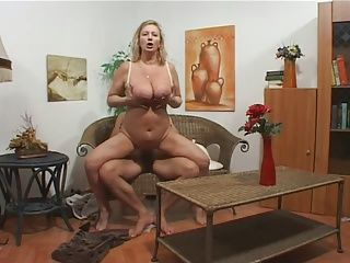 BBW;Big Boobs;Matures;Top Rated;Wife;Housewife;Granny;Super Some super grans