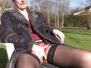 Amateur;French;Matures;Pussy Licking;Short Hair;Old;69;Rough;Riding;Se Tape;La France April Diana la mature...