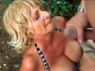Grannies,Outdoor,Mature