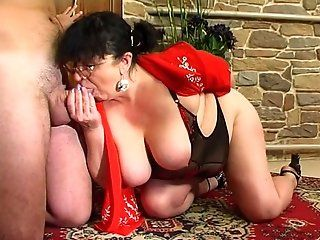 Anal,Mature,Stockings,Brunette,BBW This horny old...